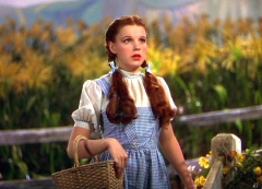 190911180528-01-style-remember-when-judy-garland-dorothy.jpg